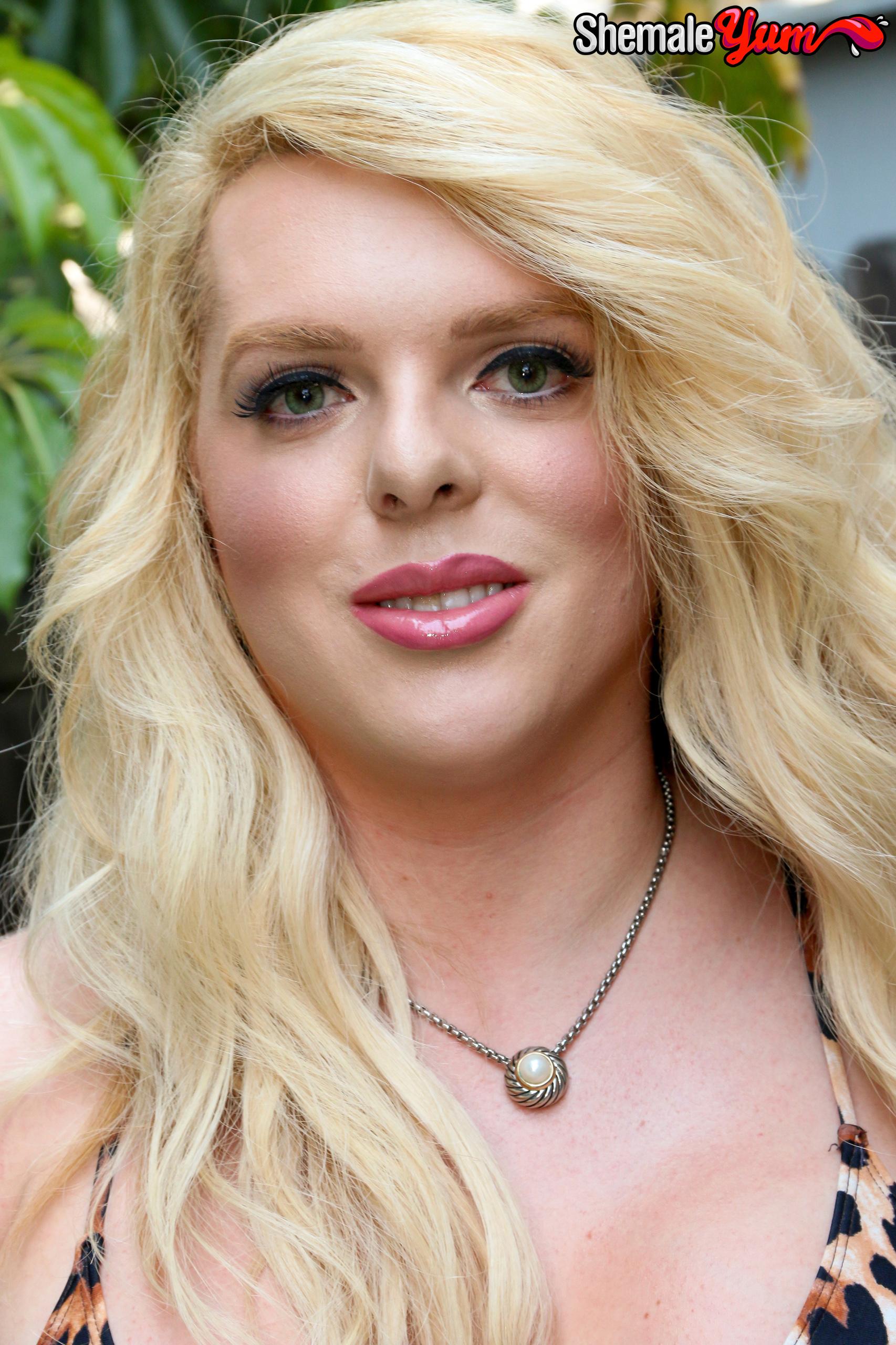 Ashlee Lynn – Femine Transsexuals