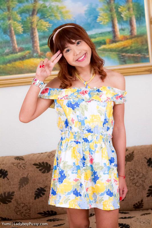 Bangkok Post Op Yumi Masturbates In Her Girlfriend Skirt