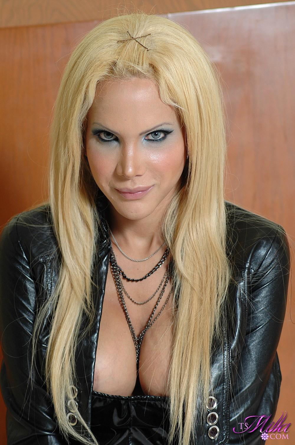 Blonde Tgirl Rocking It In B Lack Leather