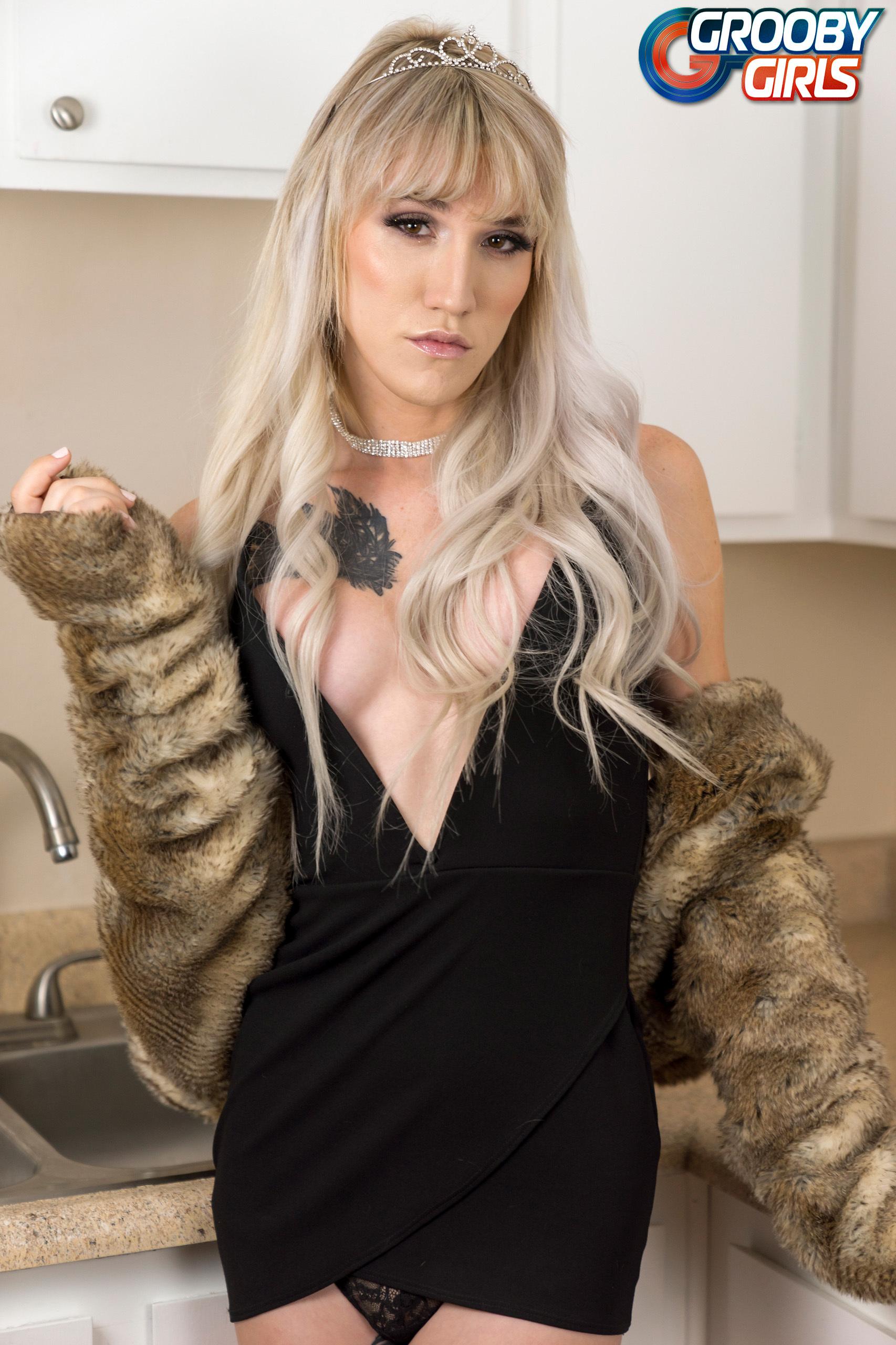 Lucy Jade – Femine Transsexuals