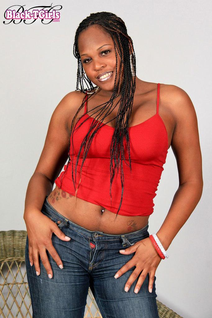 Super Arousing Ebony TGirl