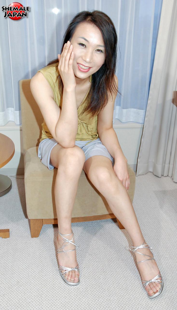 Thai TGirl Pics: Jun – Korean Tgirl Debut!