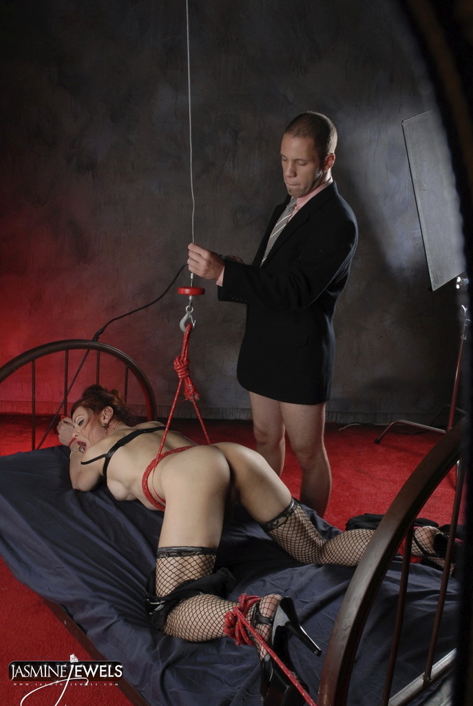 Tied Up Jasmine Gets Sucked And Smashed Raw
