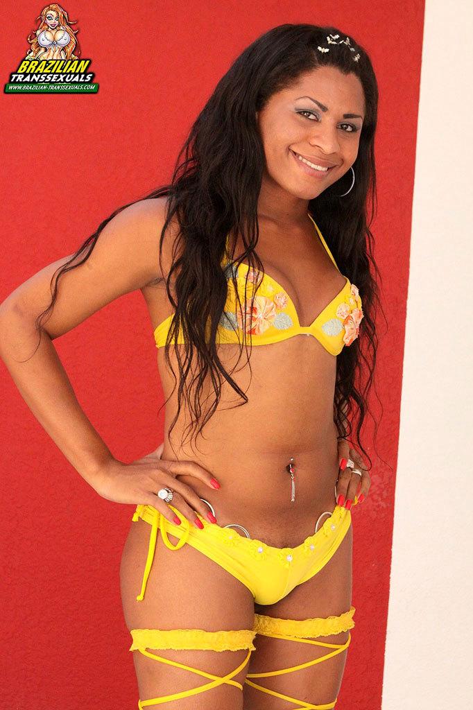 Titillating Dark Skinned Brazilian With A Great Body
