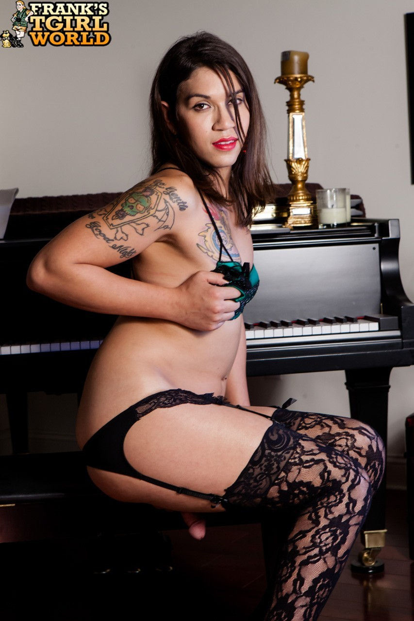 Tori Mayes Is An An Awesome And Spicy New Girl From Southe