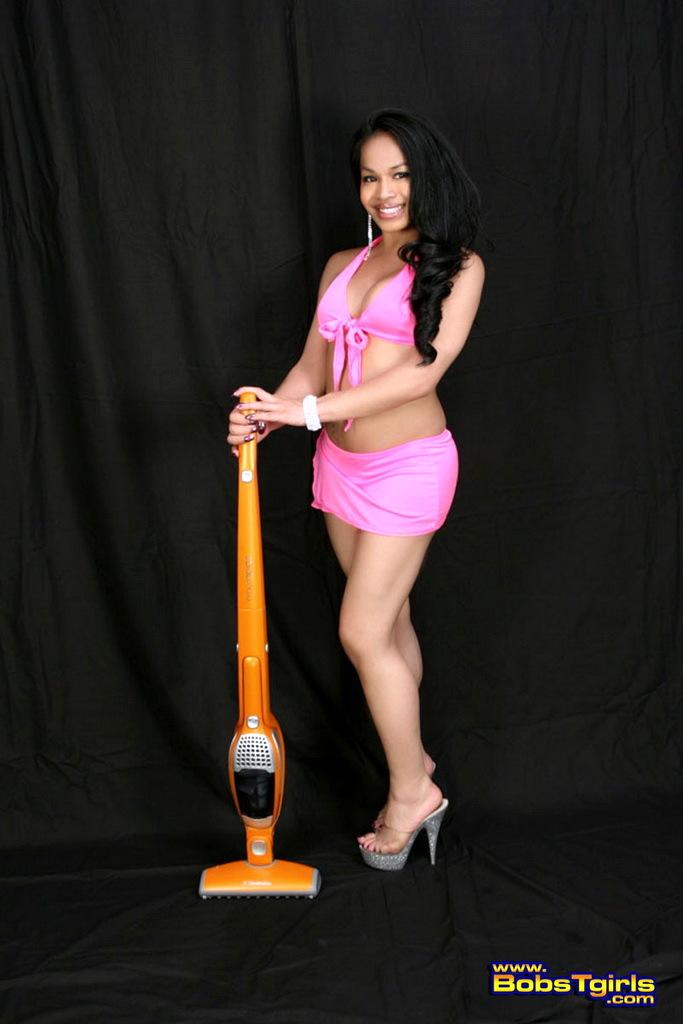 Unbelievably Provoking Ebony Transsexual Noriko Posing