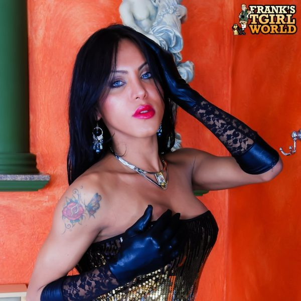 Luciana Foxx Is A Titillating Brazilian Girl With A Voluptuous Curvy Body
