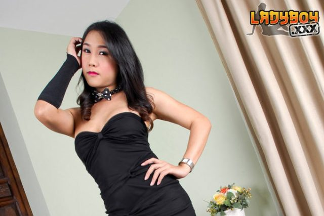 Yaya Is 28 Years Old. She Has Enormous Seductive 36c Breasts. She Like